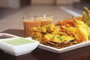 chai-pakode-monsoon-special